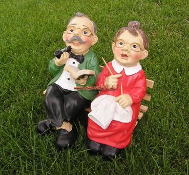 Figurenhalle oma opa auf bank figur - Ihr werdet oma und opa ...